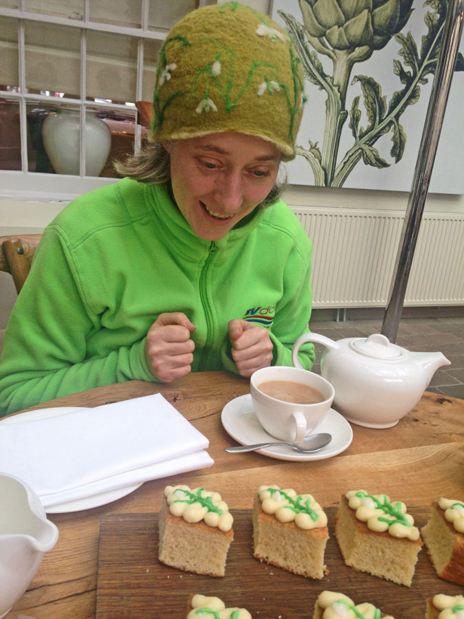 Snowdrop Hat Lady with Snowdrop Cakes